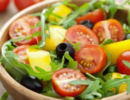 多吃水果和蔬菜补充维生素C 赶紧吃起来