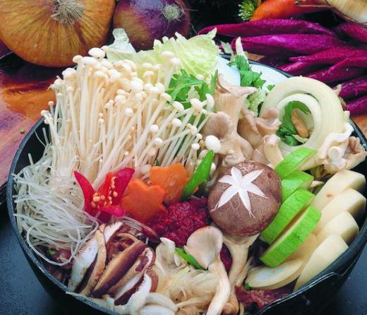 这5种火锅食材切记别吃:午餐肉、牛肉丸、鱼丸等